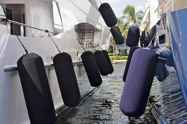 How To Choose Best Boat Fenders – Buying Guide
